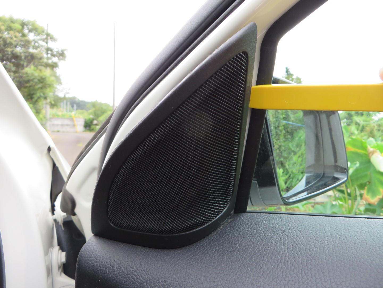ツイーターカバーの外し方ときしみ音・ビビり音対策