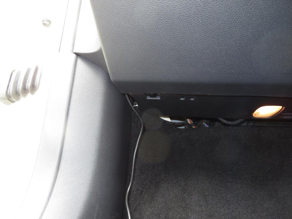 前方用ドライブレコーダーの取り付け