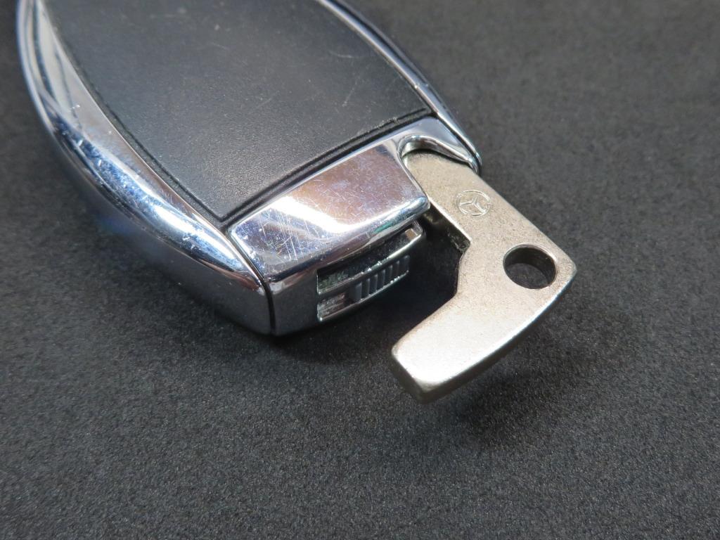 キーレスエントリー リモコンの電池交換